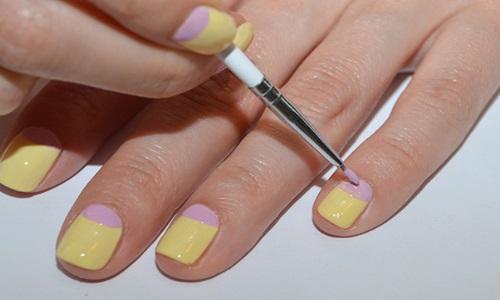 Использование кисточки при нанесении рисунка на ногти