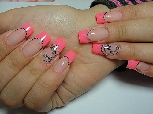 Нарощенные ногти с цветным маникюром