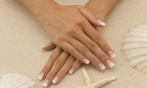 Ногти, укрепленные биогелем