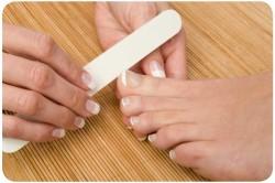 Подпиливание ногтей на ногах