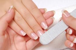 Полировка ногтей перед нанесением лака