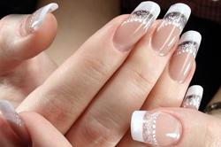 Двойной френч для прозрачных ногтей