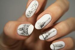 Овальные ногти с рисунками