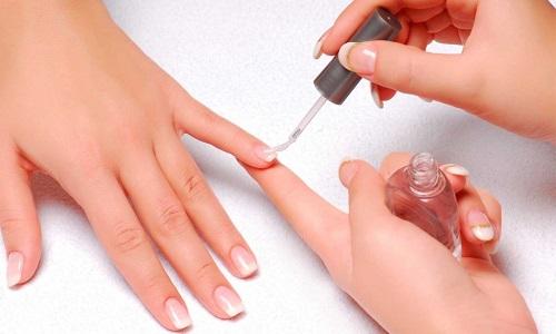Укрепление ногтей при помощи биогеля