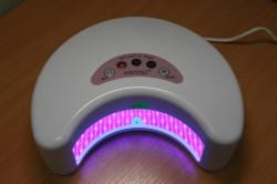 LED-лампа для сушки ногтей