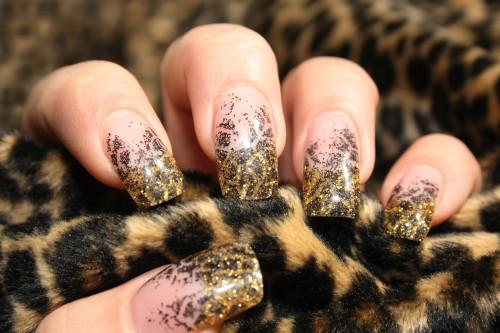 Леопардовый маникюр с блестками