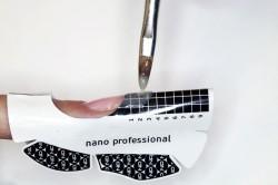Гелевое наращивание ногтя на форме