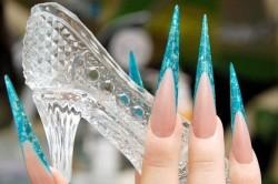 Ногти-стилеты в форме пики
