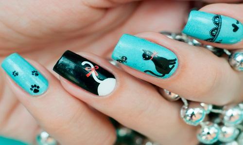 Изображение кошек на ногтях