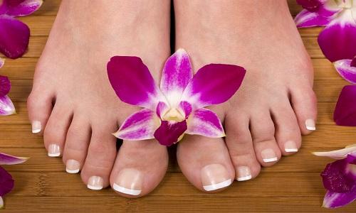 Педикюр при грибке ногтей на ногах