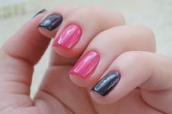 Розово-черный маникюр