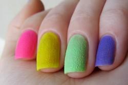 Сахарный лак на ногтях