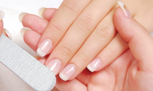 Красивые крепкие ногти - результат ухода и лечения