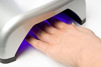 Сушка ногтей в лед лампе