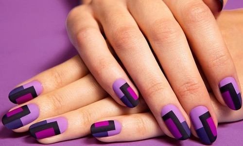 Нейл-арт ногтей, выполненный в домашних условиях