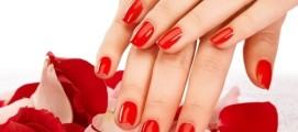 Почему раньше времени трескается гель лак на ногтях?