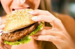 Неправильное питание - причина геморроя