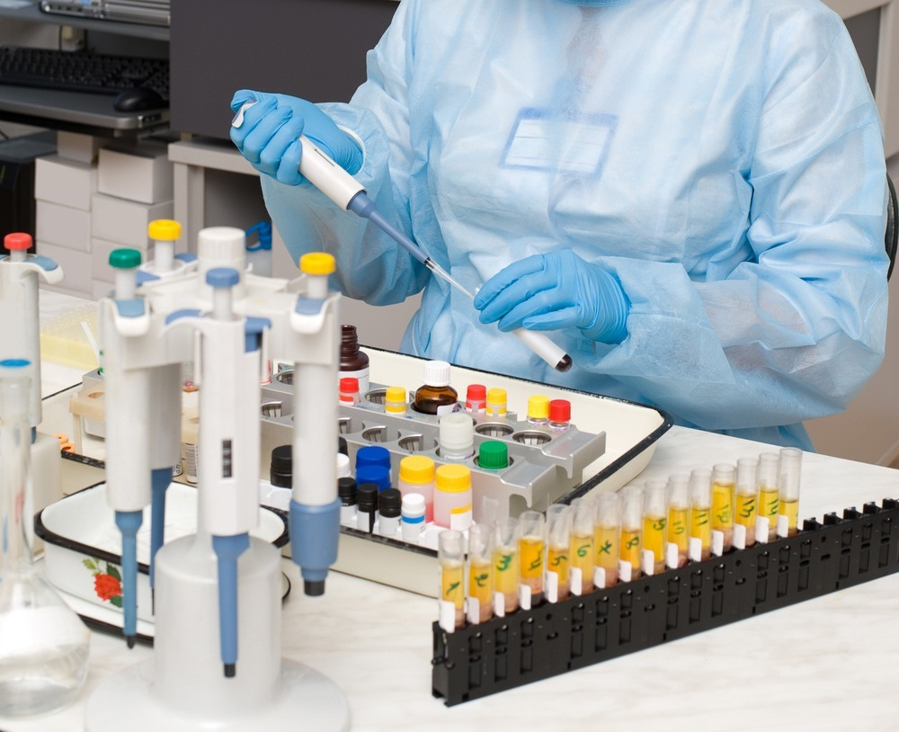 исследования в лаборатории