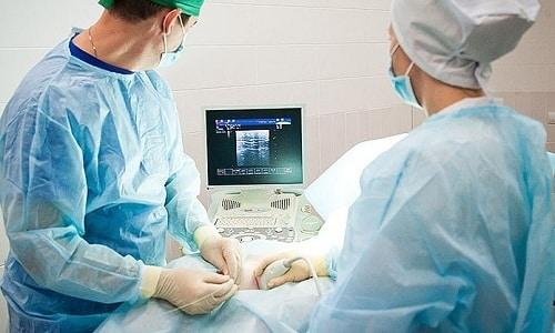 Склерозирование узлов щитовидки – новый способ удаления доброкачественных узлов, основанный на неоперативном вмешательстве