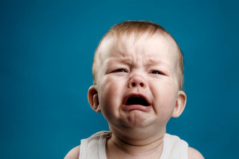 расстроенный ребенок