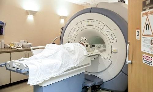 Для постановки диагноза потребуется проведение МРТ