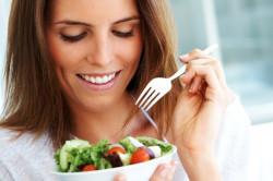 Необходимость правильного питания для кормящей матери
