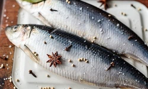 В рацион больного обязательно включают свежую рыбу