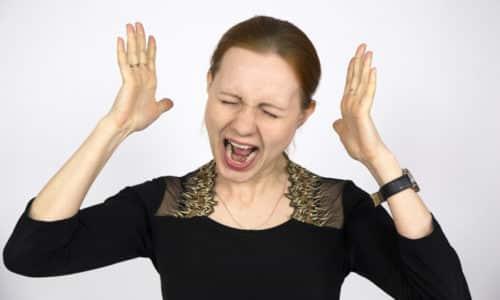 В зоне риска заражением вирусом герпеса находятся люди, живущие в постоянном стрессе