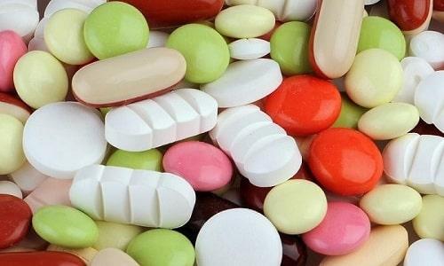 Из препаратов Т4 лучше себя зарекомендовали синтетические аналоги, представленные широким ассортиментом