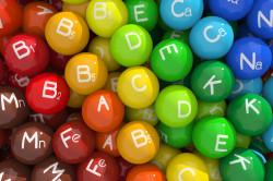 Вживання вітамінів для відновлення місячних