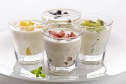 Польза йогурта при запорах